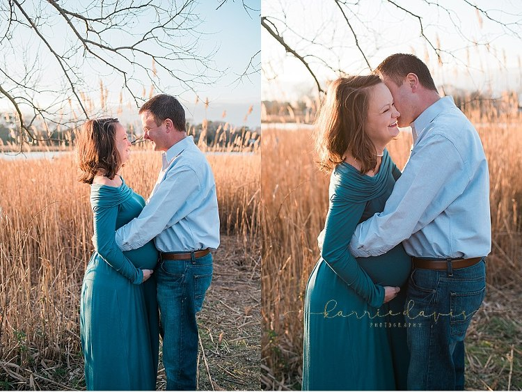 what to wear for a maternity photo session- mom of boys
